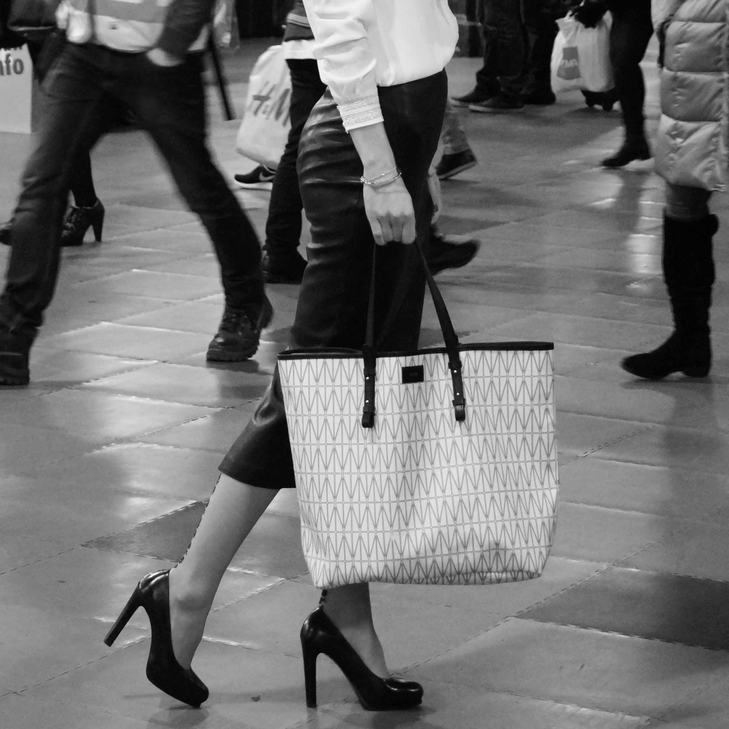 b271be41dc Bag at You - Dagmar - Swedish Fashion Brand - Shopper - Bag at You