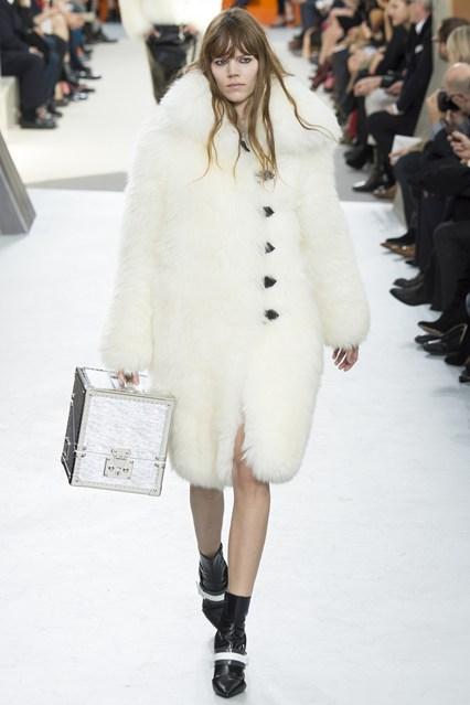 Bag at You - Louis Vuitton Fall Winter 2015 2016