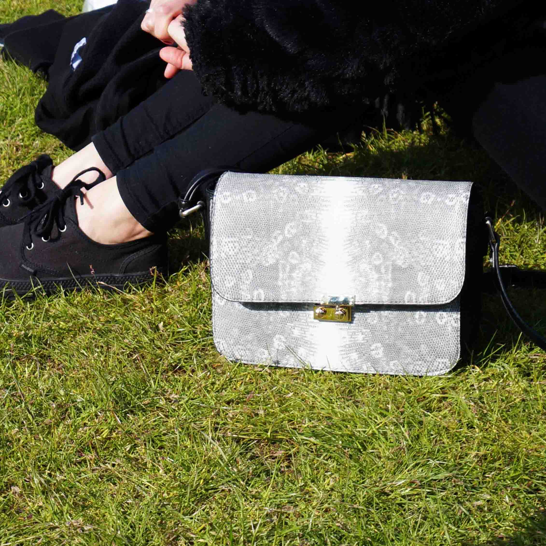 Bag at You - Fashion Blog - Fierce Fashion Festival - Black White Bag - Tassen