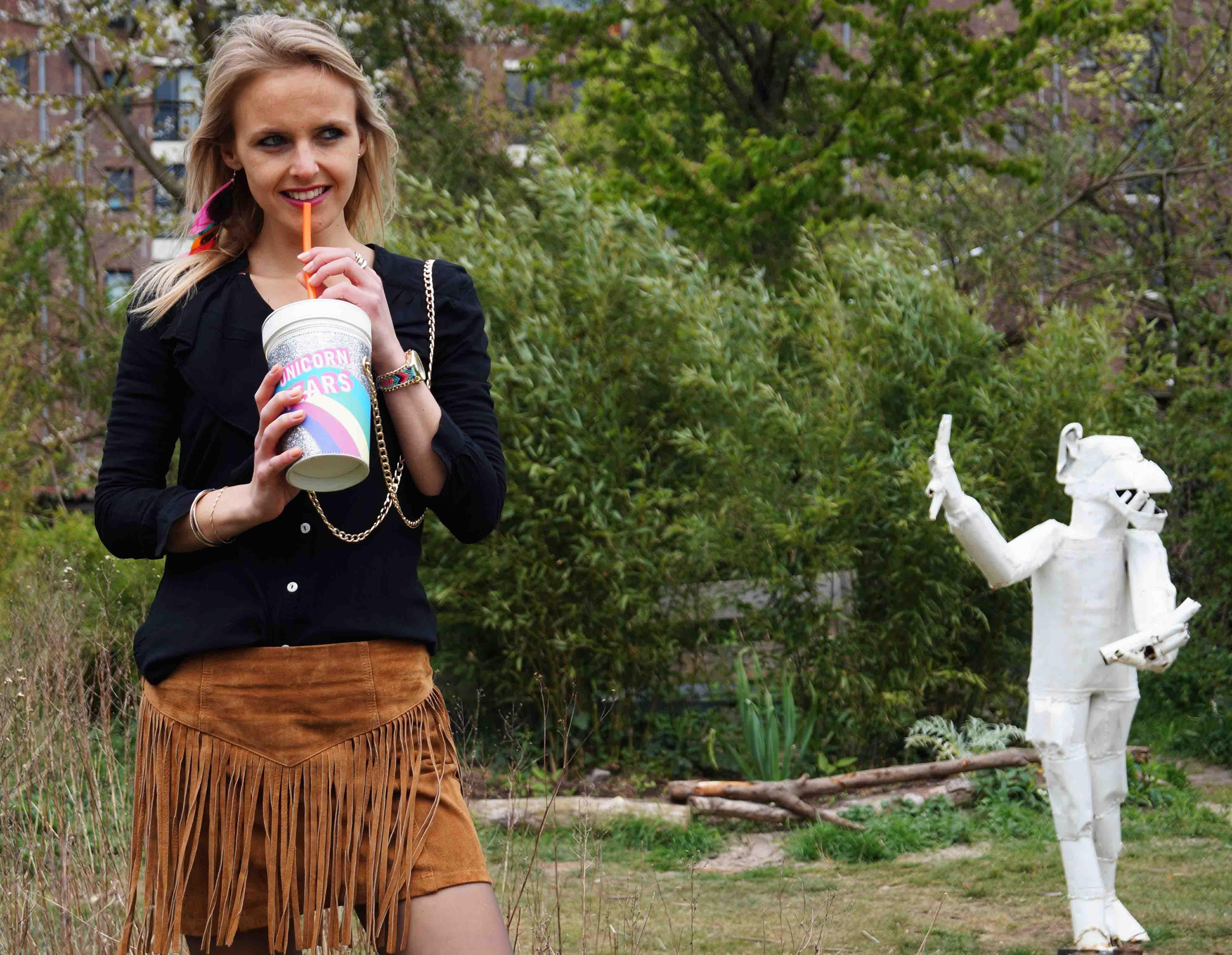 Bag at You - Fashion Blog - Have a drink - Festival outfit - oodt - Franje rok - Party Bag - Milkshake tas - Unicorn schoudertas