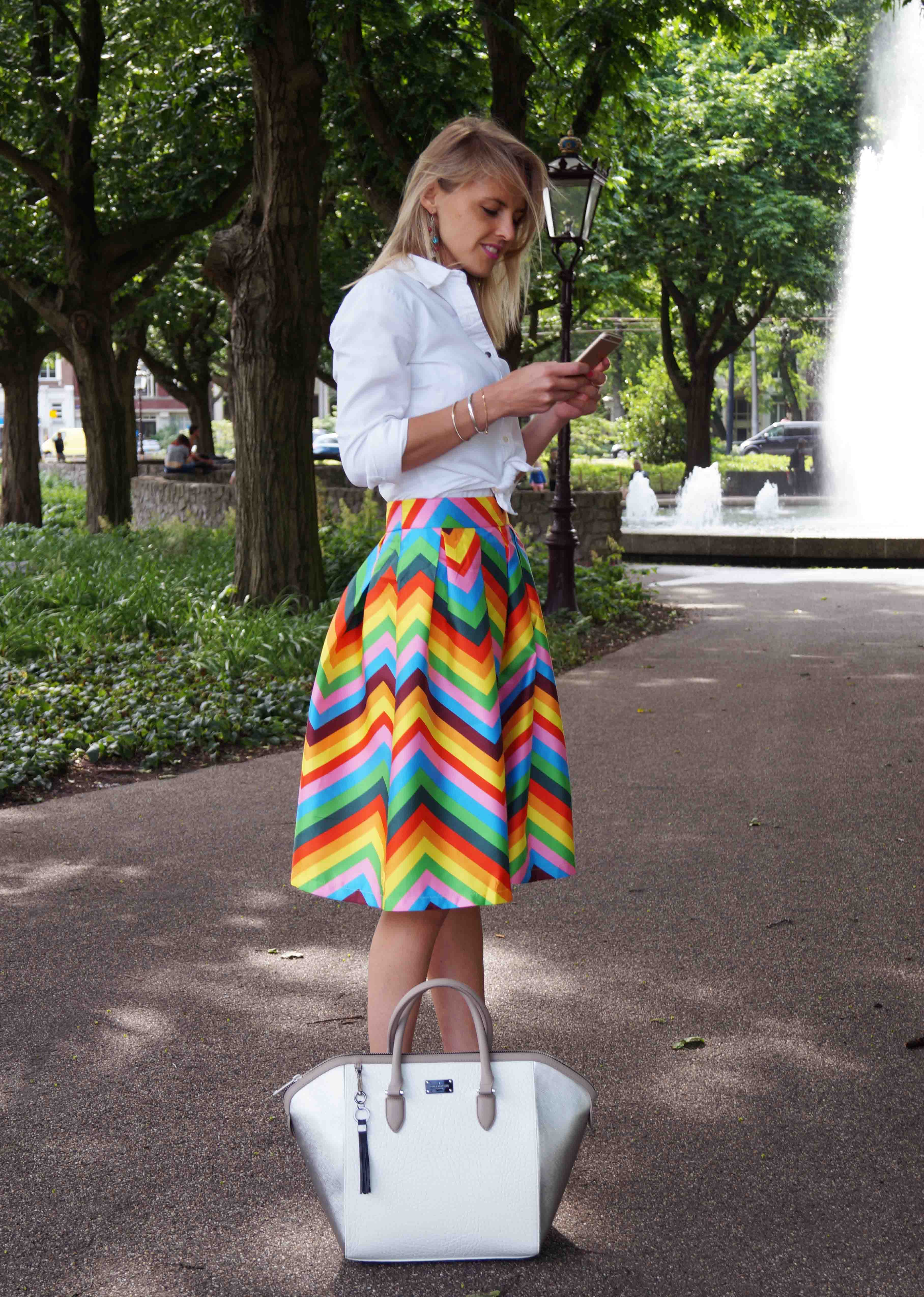 Bag at You - Fashion Blog - Paul's Boutique bags - Tassen - Colorful skirt and white shirt