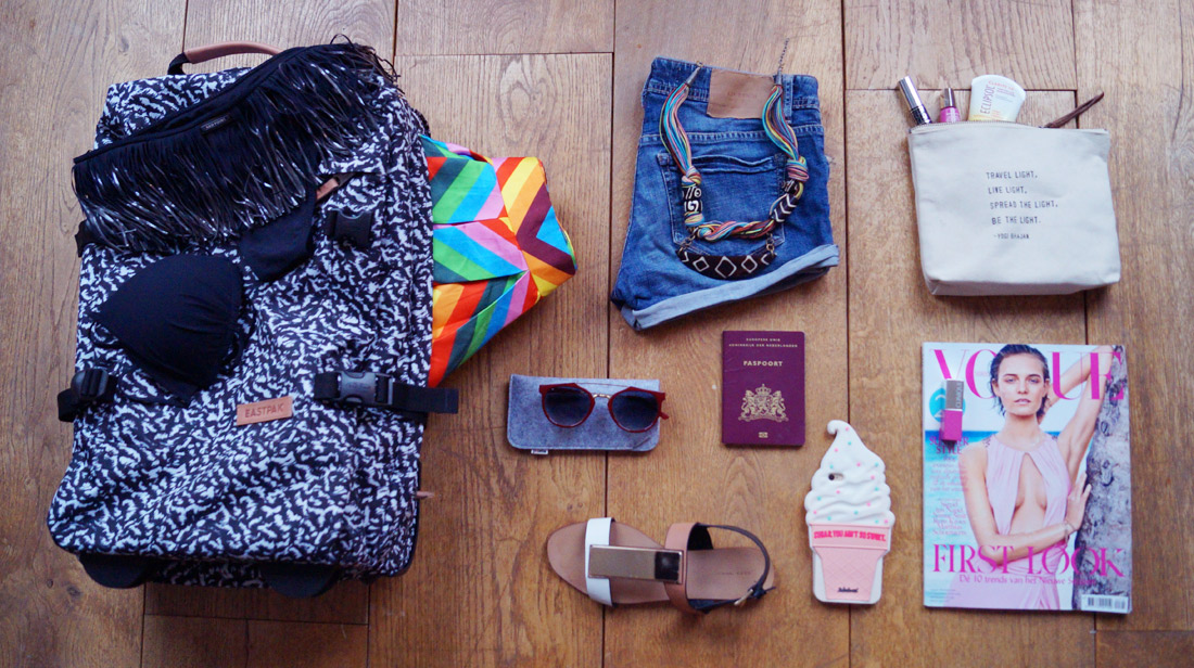 Bag-at-You---Fashion-Blog---What-to-put-in-your-travel-bag