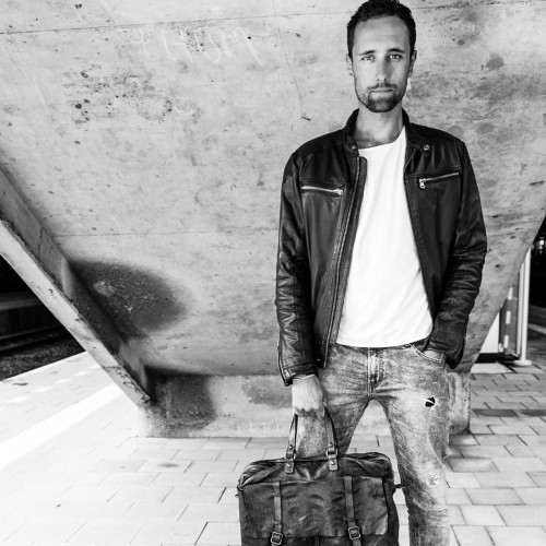 Bag-at-You---Fashion-blog---Campomaggi-bags---his-side-of-the-story---Man-Bag---Steven-InDePaskamer.nl