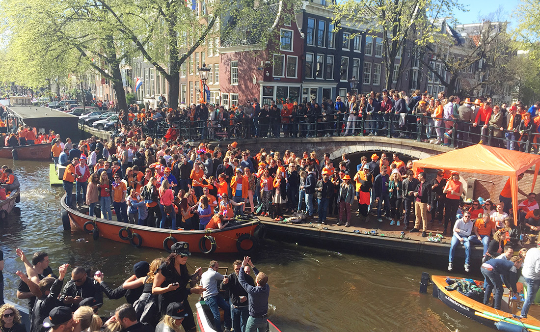 Bag-at-You---Fashion-blog---Amsterdam-City-Guide---Kingsday-party