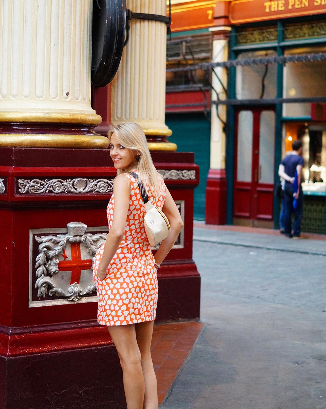 Bag-at-You---Fashion-blog---Love-London---Mi-Pac-bum-bag---Elegant-Street-Style