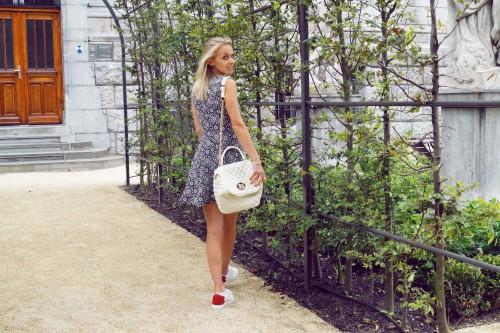 Bag at You - Fashion blog - Love Moschino - Shoulderbag - Zara dress - Amsterdam Streetstyle - Rijksmuseum