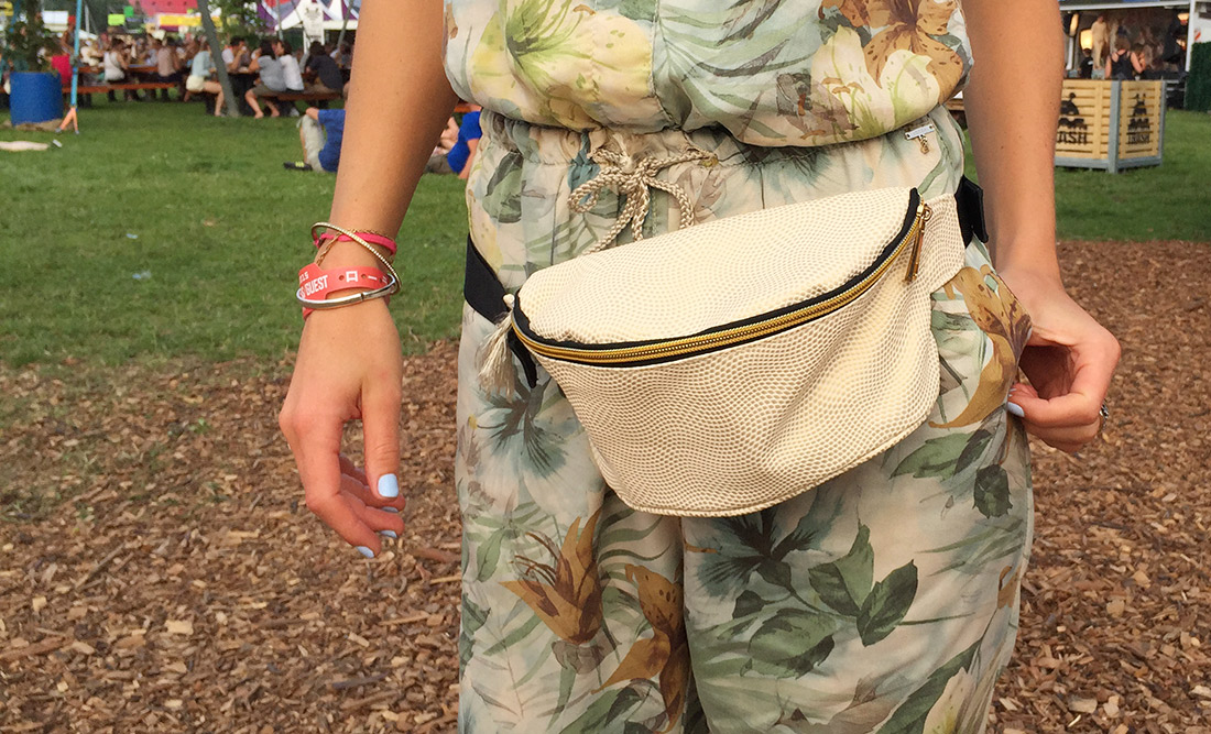 Bag-at-You---Fashion-blog---Lowlands-festival---Top-10-bags---Mi-Pac-bum-bag