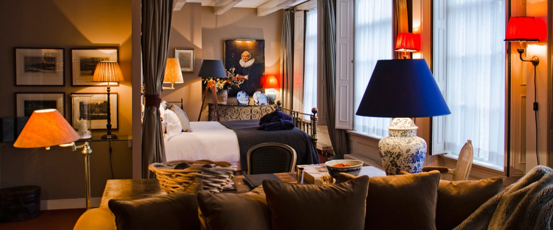 Bag at You - Fashion blog - Source 717 hotel