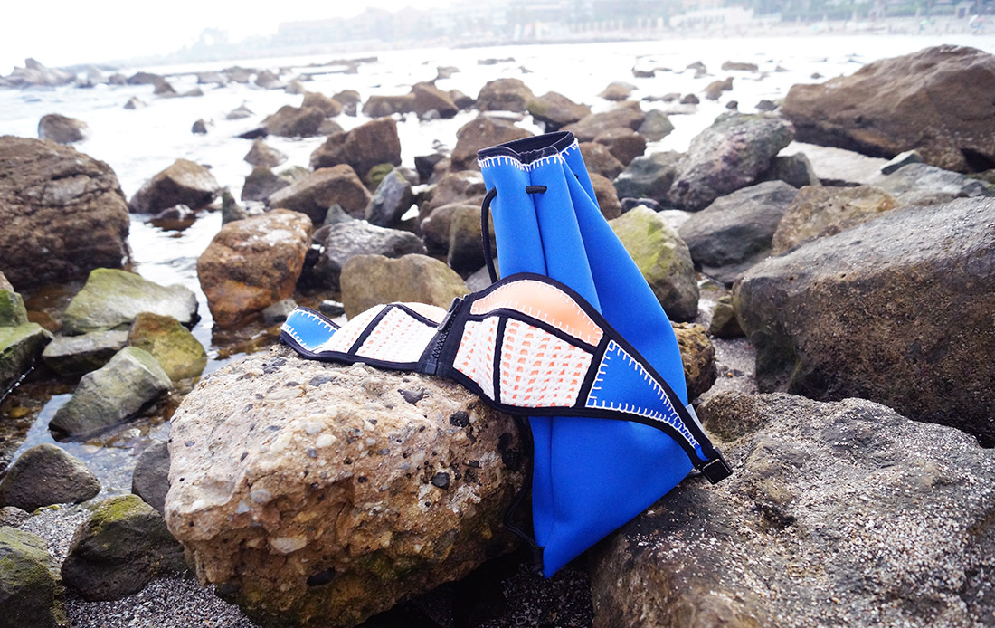 Bag-at-you---Fashion-blog---Wearing-beach-outfit---Triangl-Bikini-and-gymbag---Marbella-Beach-Spain