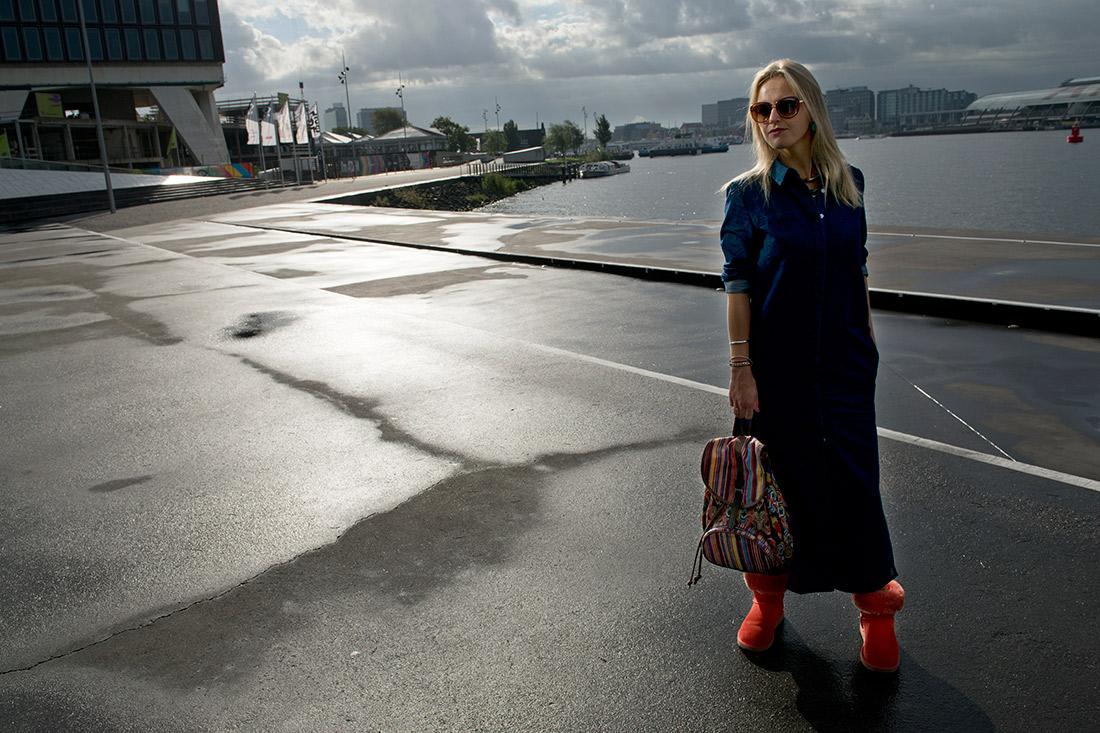 Bag-at-You---Fashion-blog---Amsterdam-streetstyle---TOMS-backpack---Denim-dress