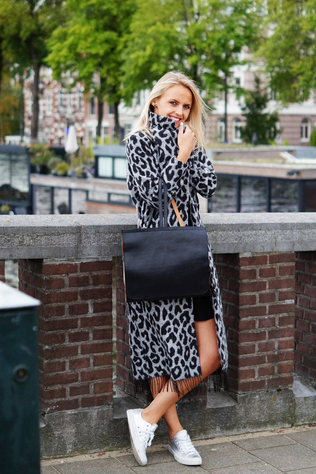 Bag-at-You---Fashion-blog---Dutch-Basics---Ana-Alcazar-cardigan---StreetStyle-Amsterdam