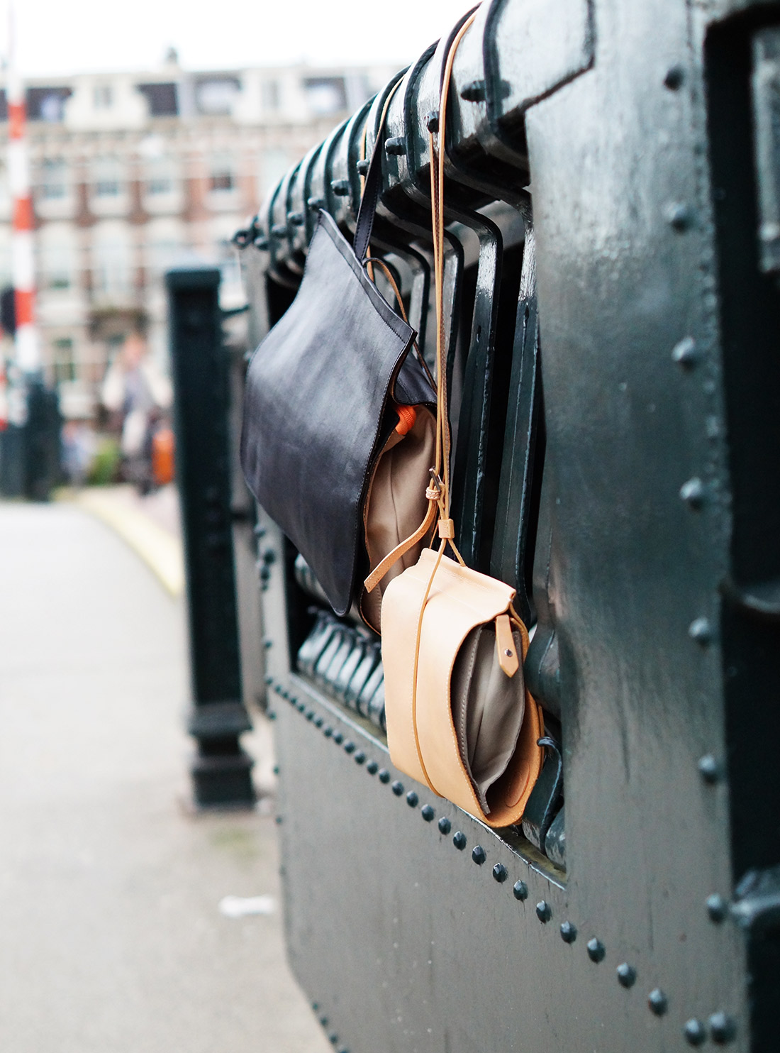 Bag-at-You---Fashion-blog---Dutch-Basics---Leather-backpack-and-shoulderbag---Amsterdam