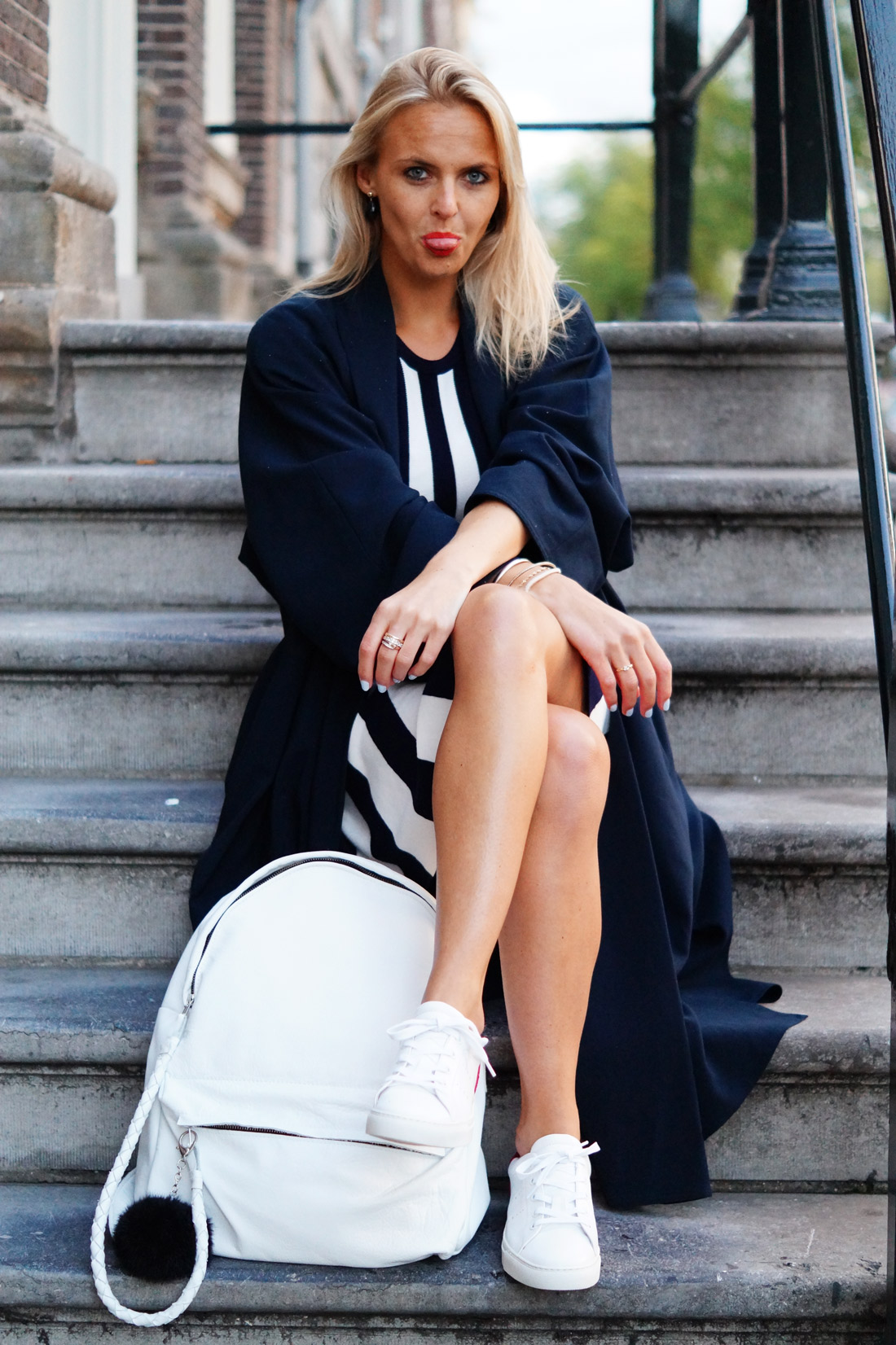 Bag-at-You---Fashion-blog---Hip-E-Backpack---Baglover-in-Amsterdam-with-maxi-coat-and-striped-dress