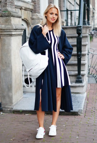 Bag-at-You---Fashion-blog---Hip-E-bags---White-backpack---Amsterdam-Striped-dress-and-maxi-coat