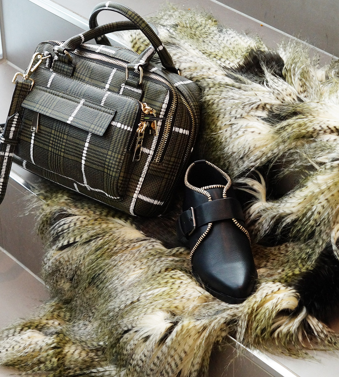Bag-at-You---Fashion-blog---Unexpected-Fashion-Battle-in-Stadshart-Amstelveen---Details-outfit---urban-outdoors