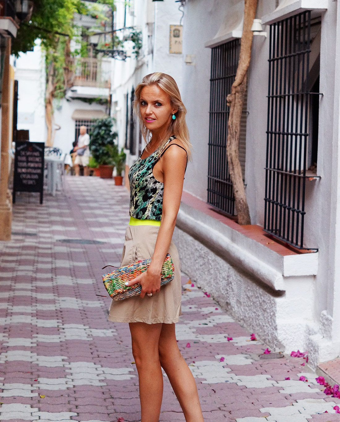 Bag-at-you---Fashion-blog---Colourful-clutch--and-beige-skirt-in-Marbella-Spain