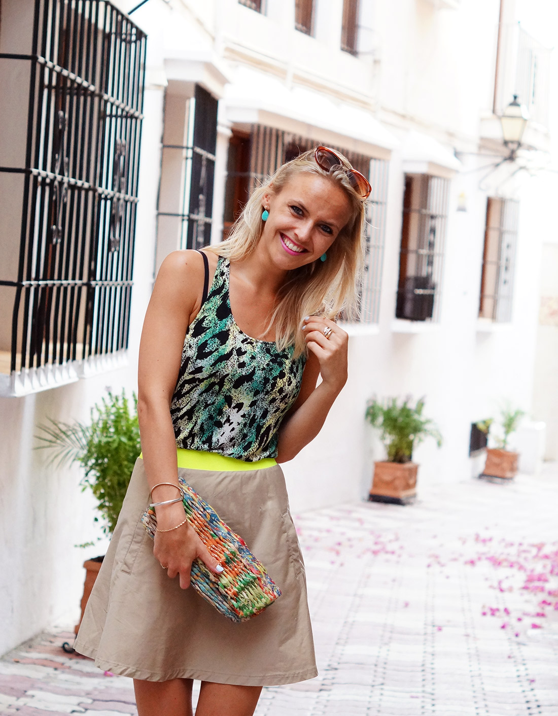 Bag-at-you---Fashion-blog---Paper-clutch-and-beige-skirt-in-Marbella-Andalusia