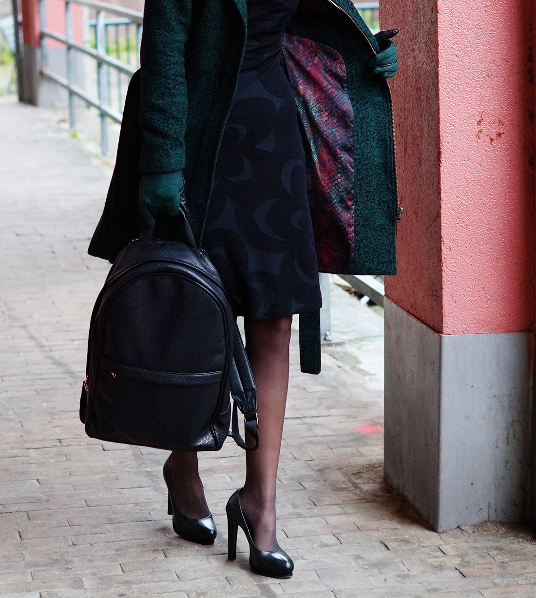 Bag-at-You---Fashion-blog---Mi-Pac-Backpack-Maxwell-Black---Black-Dress---Green-coat