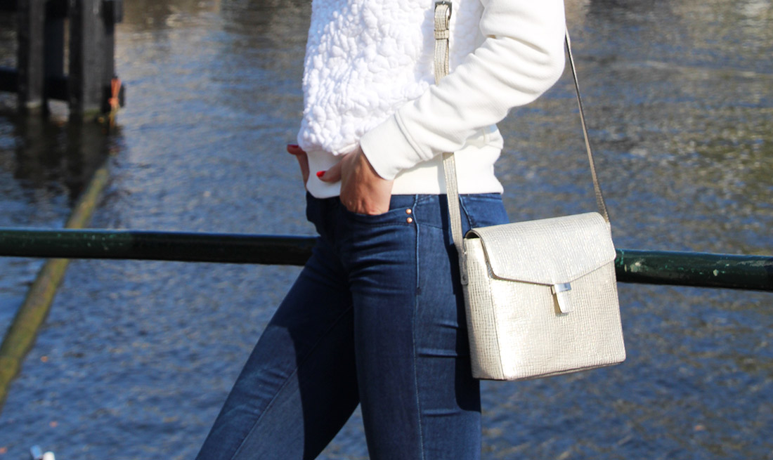 Bag-at-You---Fashion-blog---Streetstyle---YMIJeans-Denim---Ecco-bag---Luijo-Sunglasses---Autumn-in-Amsterdam