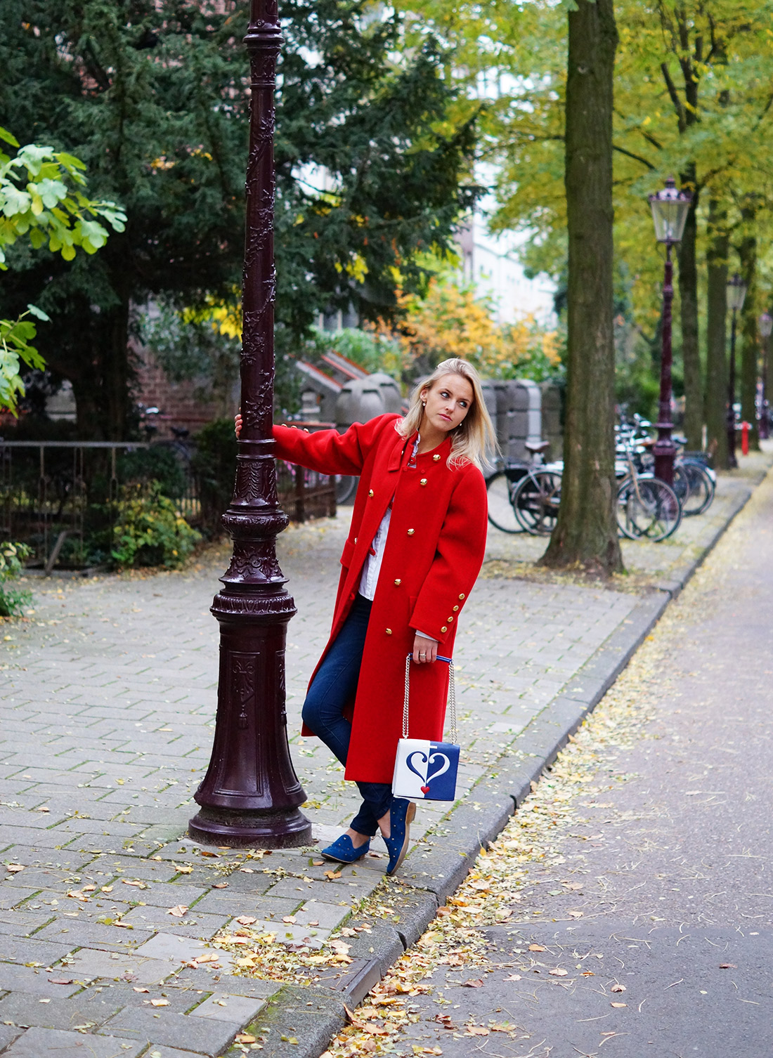 Bag-at-you---Fashion-blog---Love-Moschino-shoulderbag---Amsterdam-Streetstyle