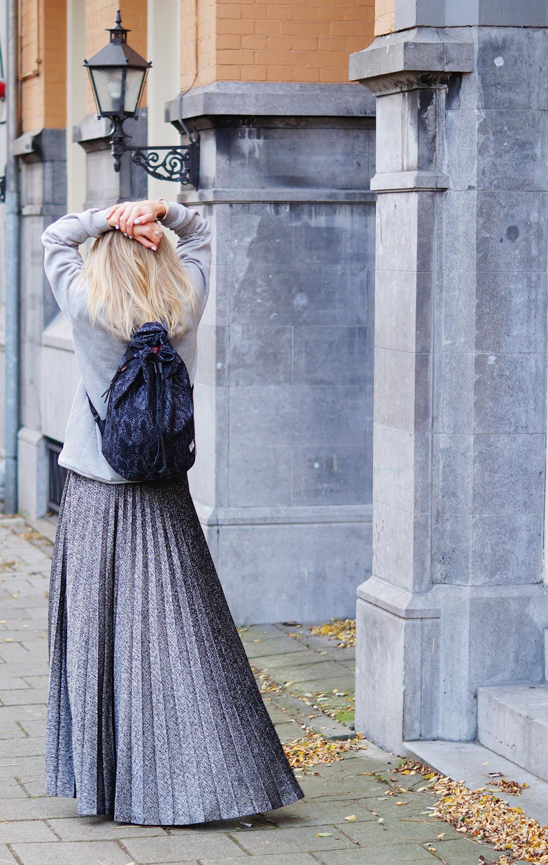 Bag-at-You---Fashion-blog---Grey-look-Herschel-Supply-Co-Hanscon-Drawstring-Backpack