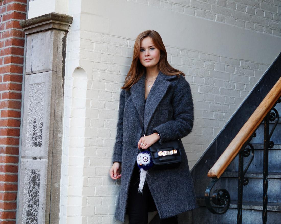 Bag-at-You---Fashion-blog---The-Bag-of-Britta-Maxime---Proenza-Shoulder-Black---Amsterdam