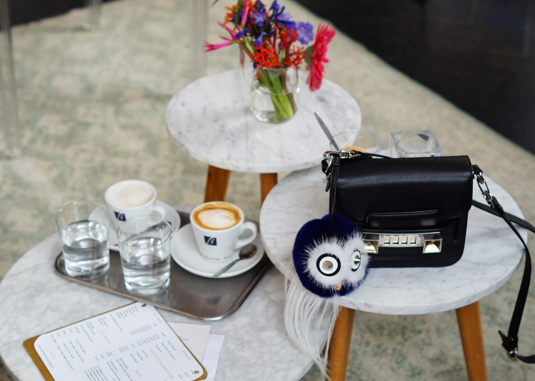 Bag-at-You---Fashion-blog---The-Bag-of-Britta-Maxime---Proenza-Shoulder-at-Coffee-Concepts