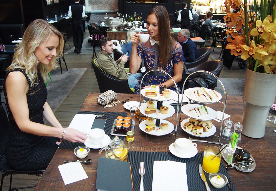 Bag-at-you---Fashion-blog---Conservatorium-hotel---High-tea-Cottonandcream