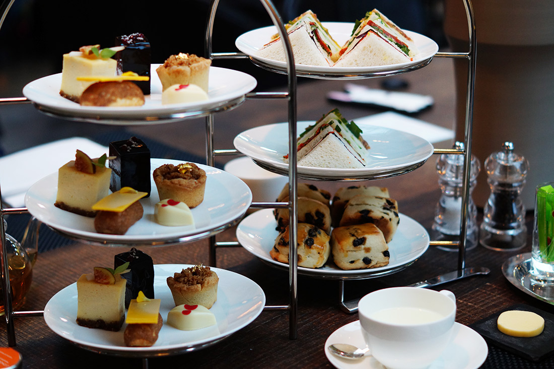 Bag-at-you---Fashion-blog---Conservatorium-hotel---High-tea---bites