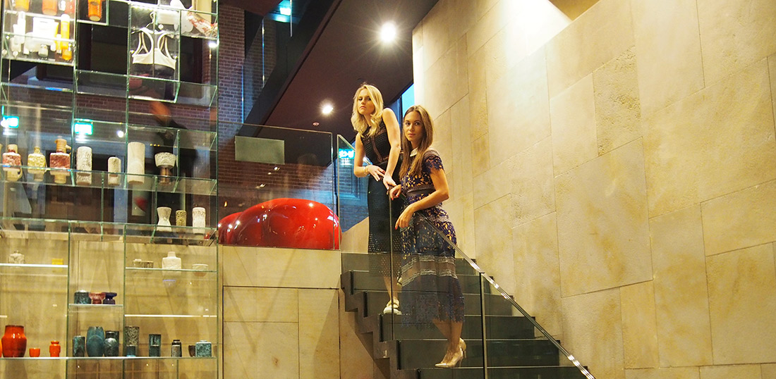 Bag-at-you---Fashion-blog---Conservatorium-hotel---Shoot-Self-Portrait-dresses---Cottonandcream