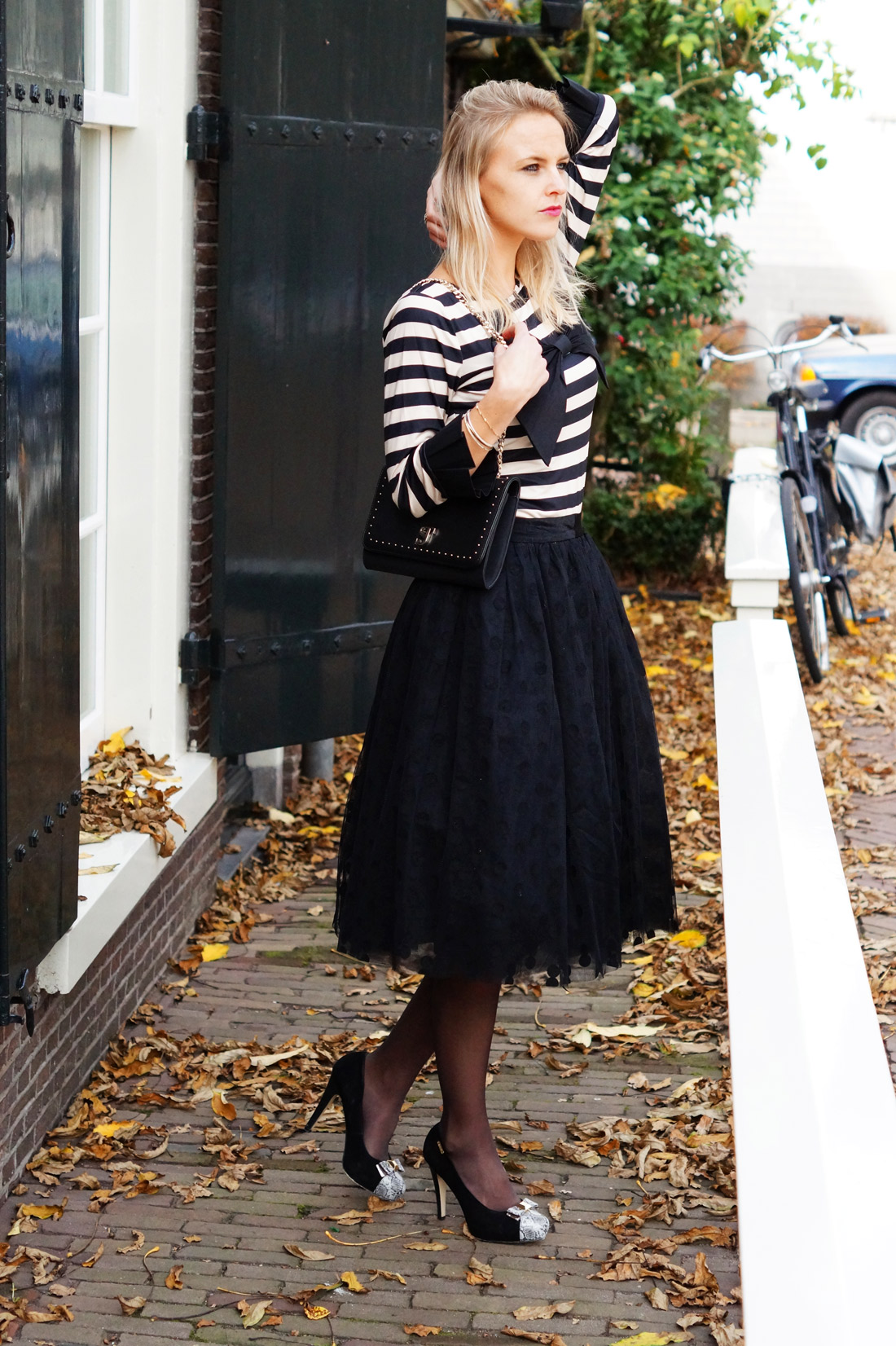 Bag-at-you---Fashion-blog---Dainty-Jewell'---Polka-Dot-Tutu-Skirt---Supertrash-envelop-bag--The-good-girl-Amsterdam