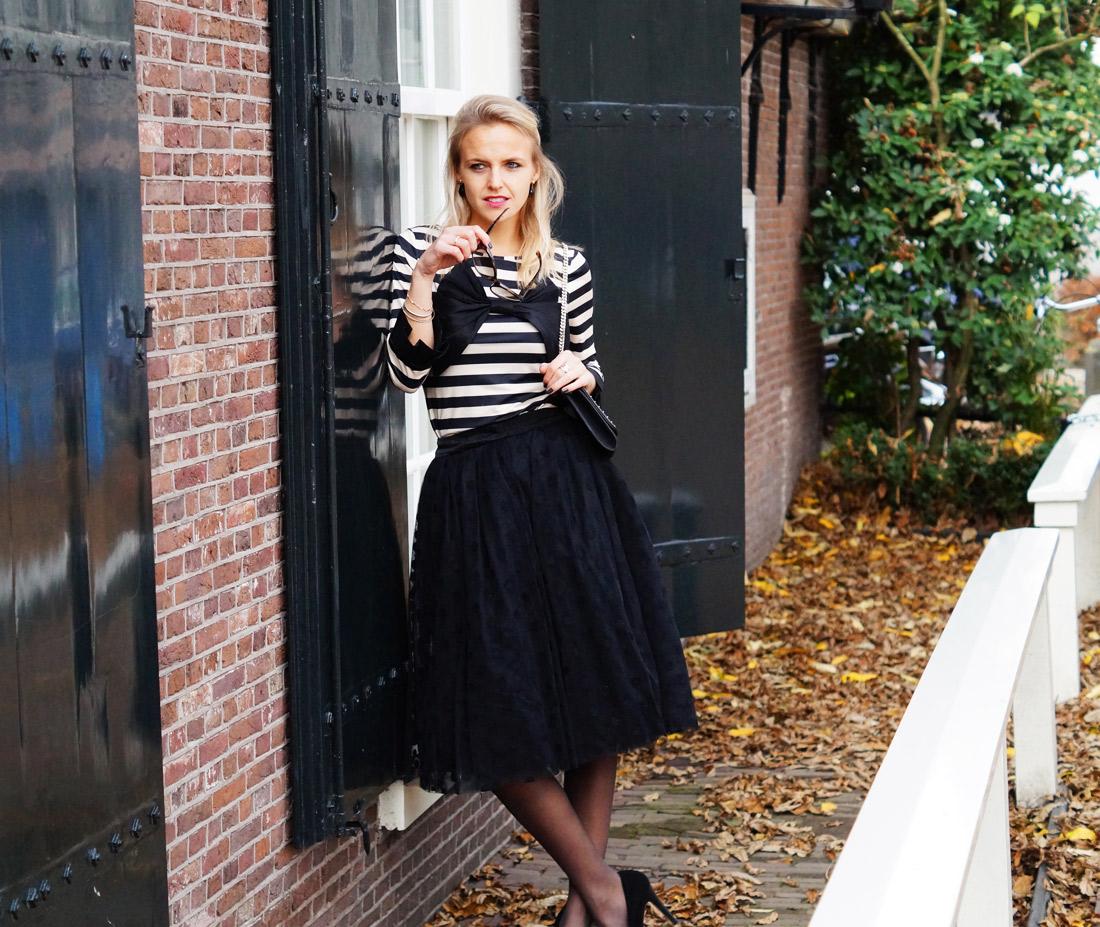 Bag-at-you---Fashion-blog---Dainty-Jewell'---Polka-Dot-Tutu-Skirt---Supertrash-envelop-bag---The-good-girl