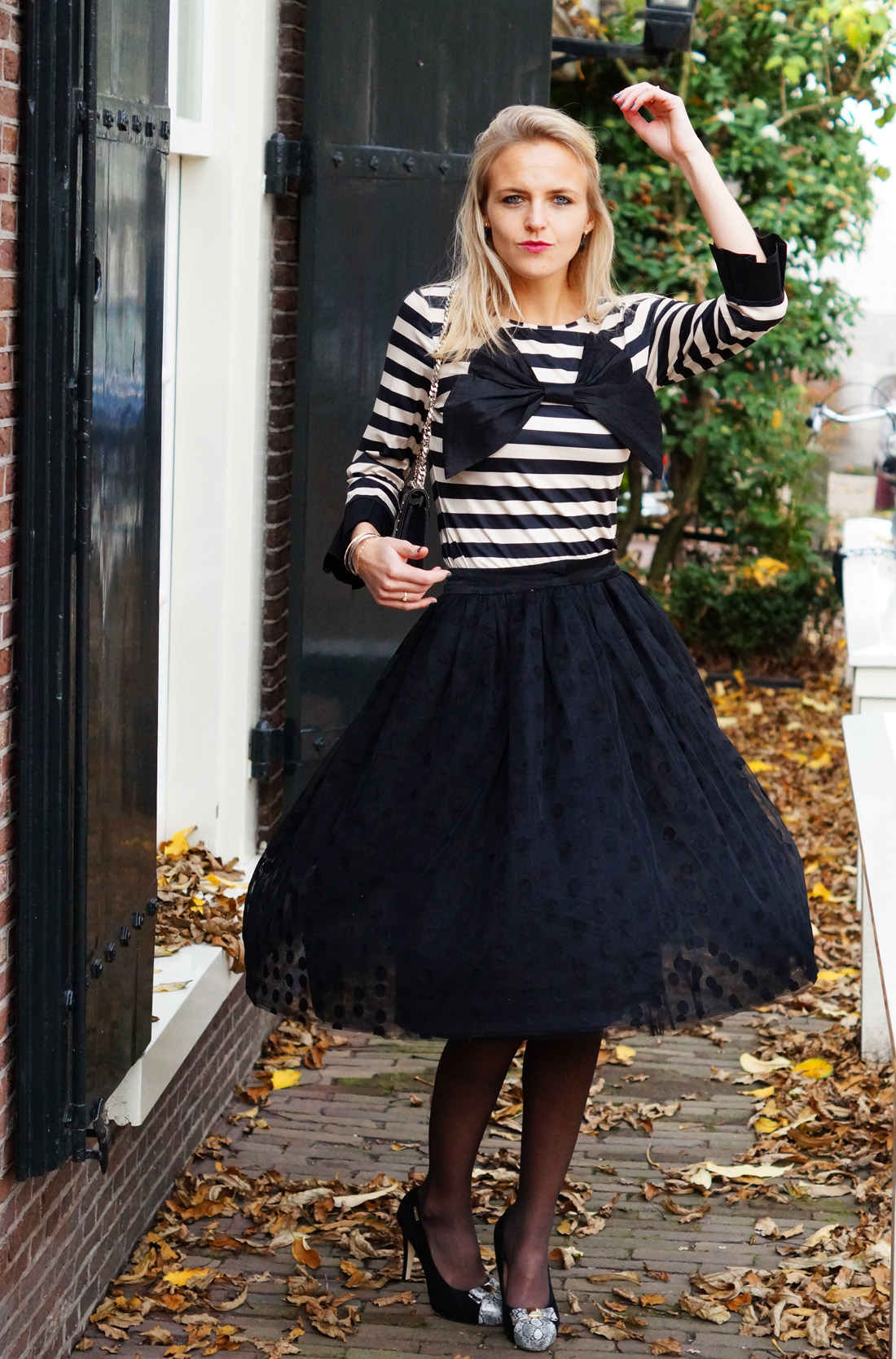 Bag-at-you---Fashion-blog---Dainty-Jewell'---Polka-Dot-Tutu-Skirt---Supertrash-skirt---heels---Just-dance