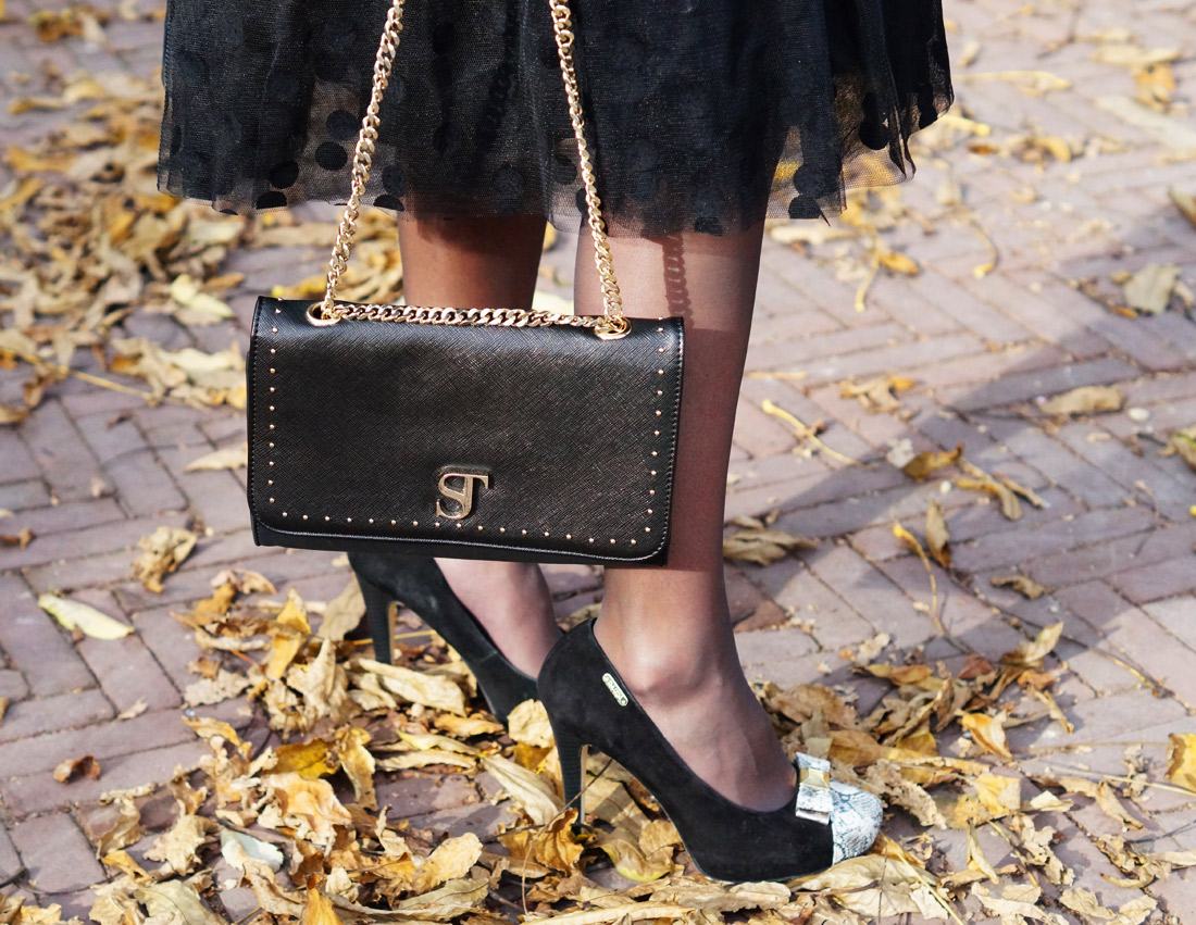 Bag-at-you---Fashion-blog---Dainty-Jewell'---Polka-Dot-Tutu-Skirt---Supertrash-skirt---heels