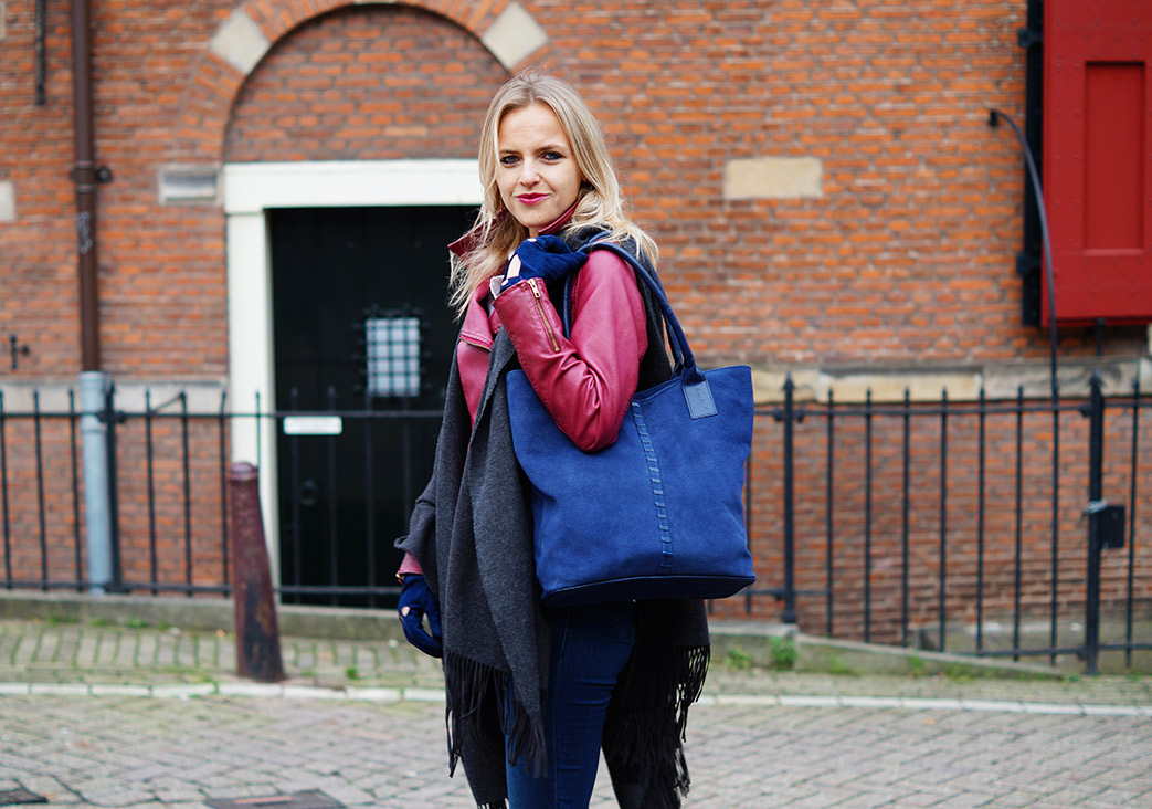 Bag-at-You---Fashion-blog---Casual-Look---Laimbock-shopper-and-gloves