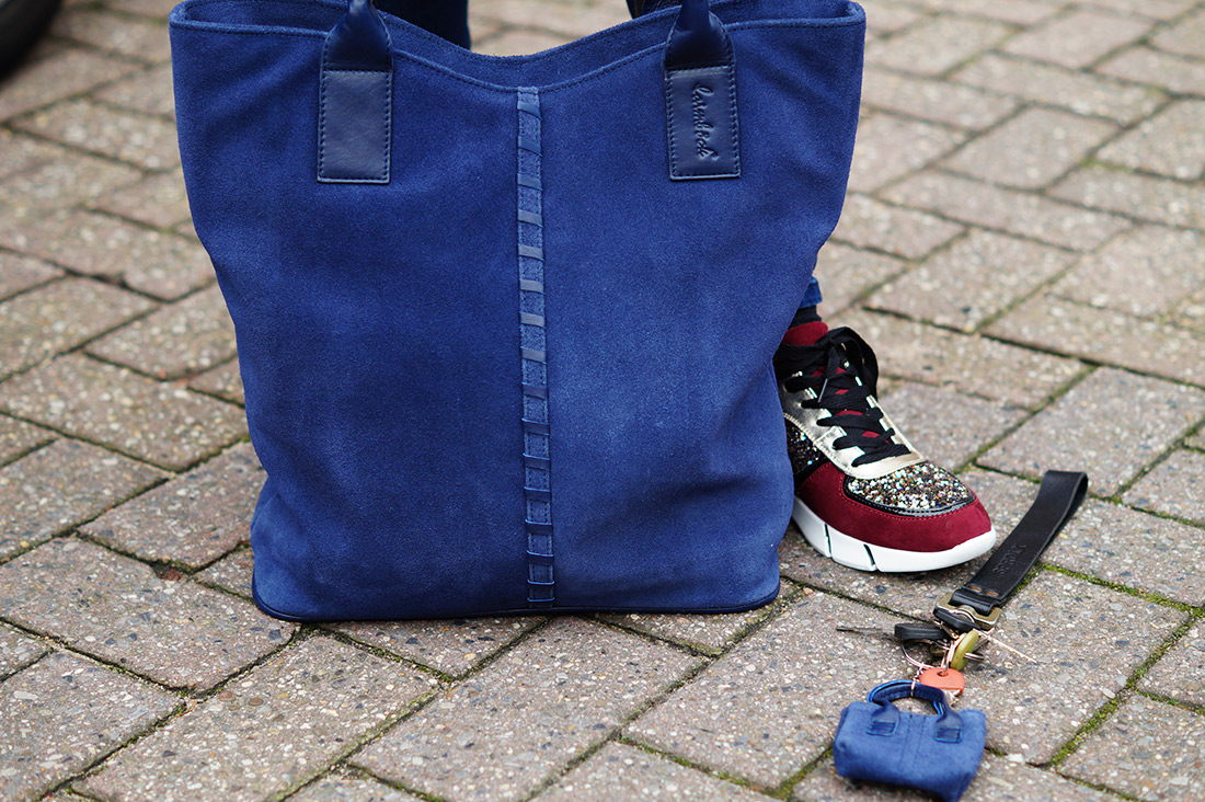 Bag-at-You---Fashion-blog---Glitter-shoes---Laimbock-shopper-and-gloves