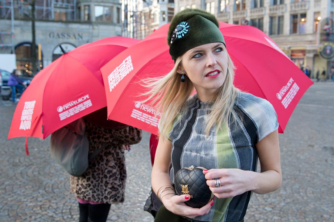 Bag-at-You---Fashion-blog---Love-Moschino-clutch---Armani-outfit---De-Bijenkorf-Amsterdam