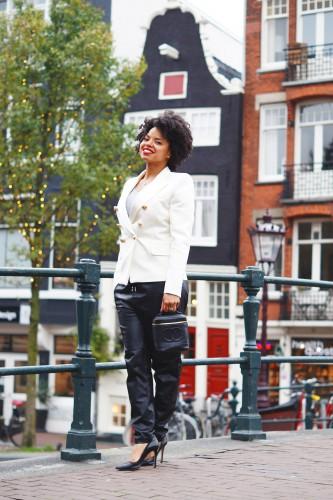 Bag-at-You---Fashion-blog---The-Trend-Attendant---Chanel-make-up-bag---HMxBalmain---outfit-Amsterdam