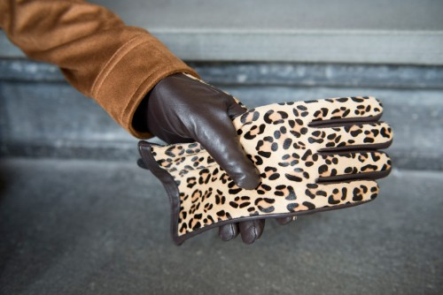 Bag-at-You---Fashion-Blog---Laimbock---Leopard-gloves