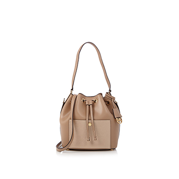 Bag-at-You---Fashion-Blog---Michael-Kors-Bucket-Bag