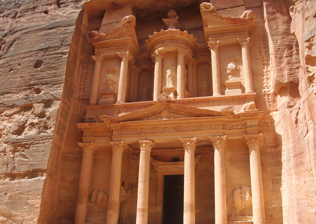 Bag-at-You---Fashion-blog---wedding-inspiration---honeymoon-Petra-Jordan