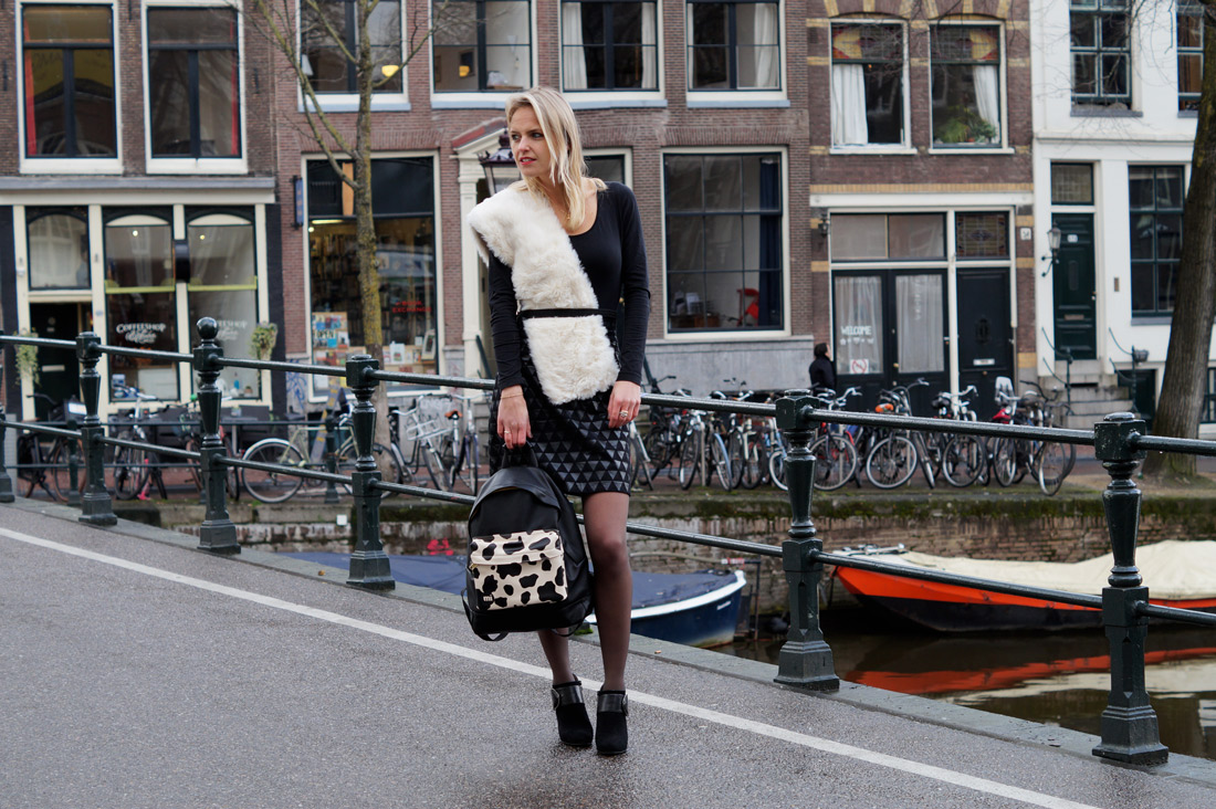 Bag-at-You---Fashion-blog---Mi-Pac-Cow-Backpack---Amsterdam