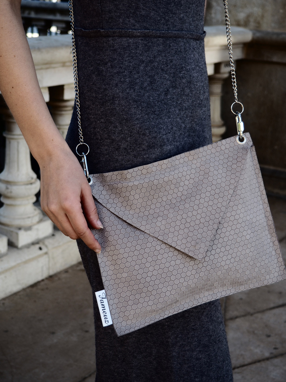 Bag-at-You---Who-is-that-blonde---Fameuz-Dutch-Brand