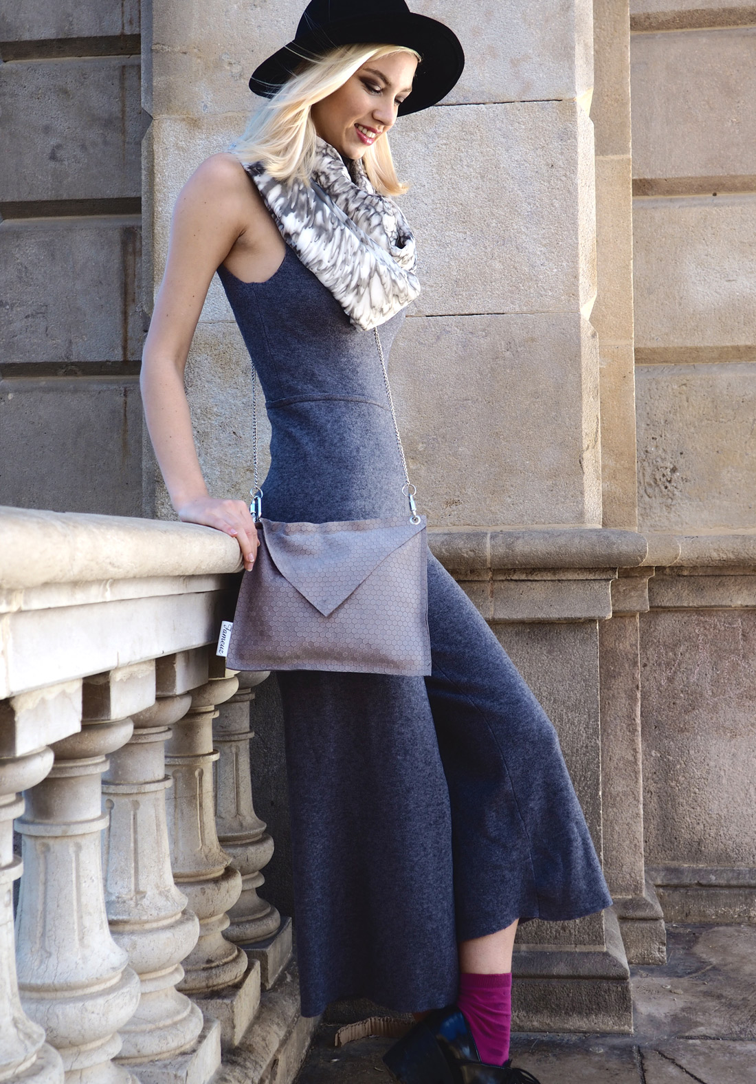 Bag-at-You---Who-is-that-blonde---Grey-woman-suit-Spring