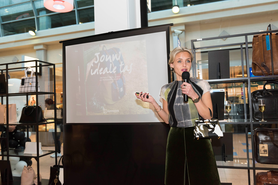 Bag-at-you---Fashion-blog---Duifhuizen-flagshipstore---Presentation
