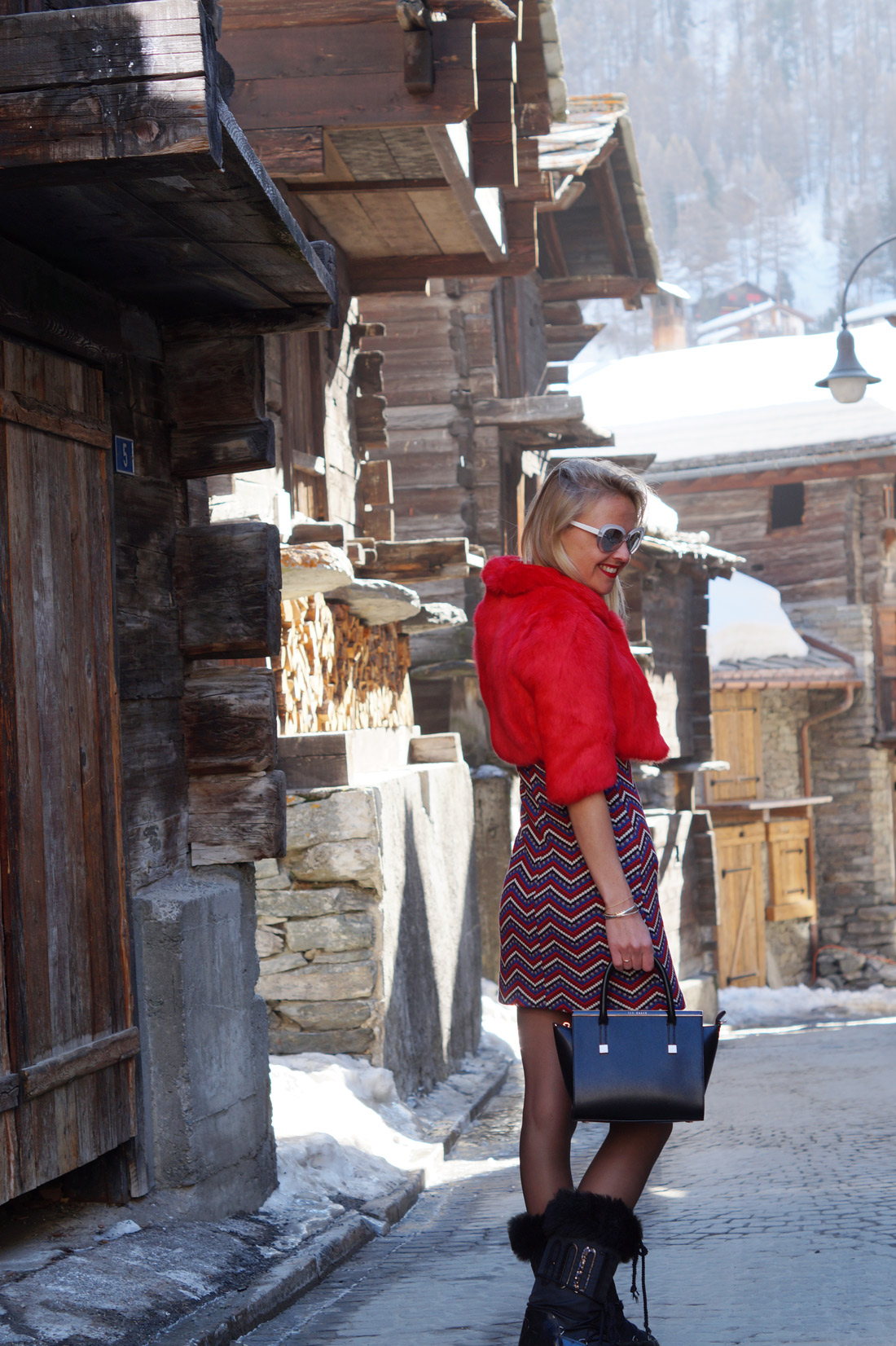 Bag-at-you---Fashion-blog---Ted-Baker-Bag---Red-dress