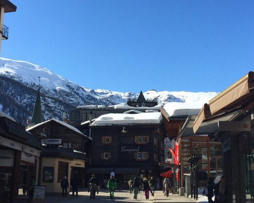 Bag-at-you---Postcard-from-Zermatt---Bahnhoffstrasse