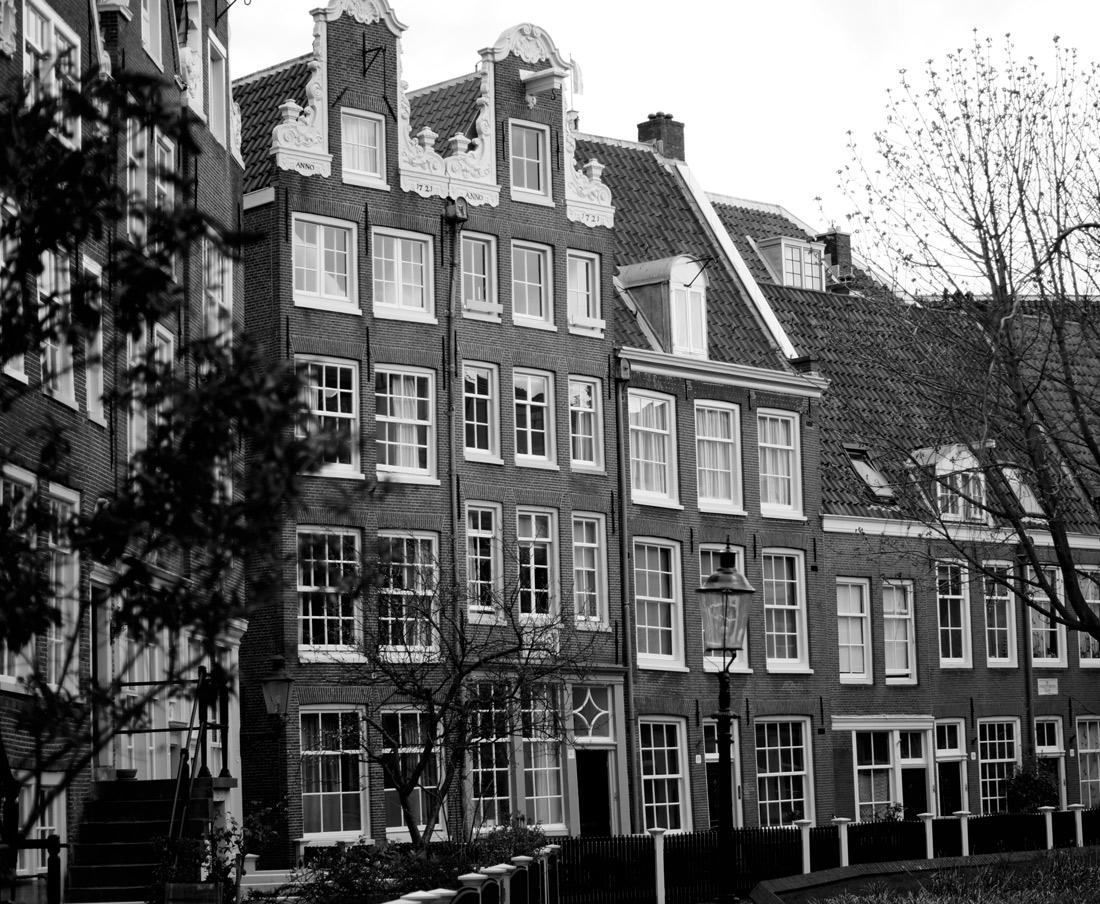Bag-at-you---Fashion-blog---Begijnhof-Amsterdam