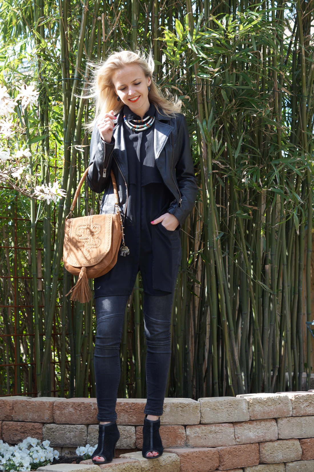 Bag-at-you---Fashion-blog---Black-jeans---Street-style