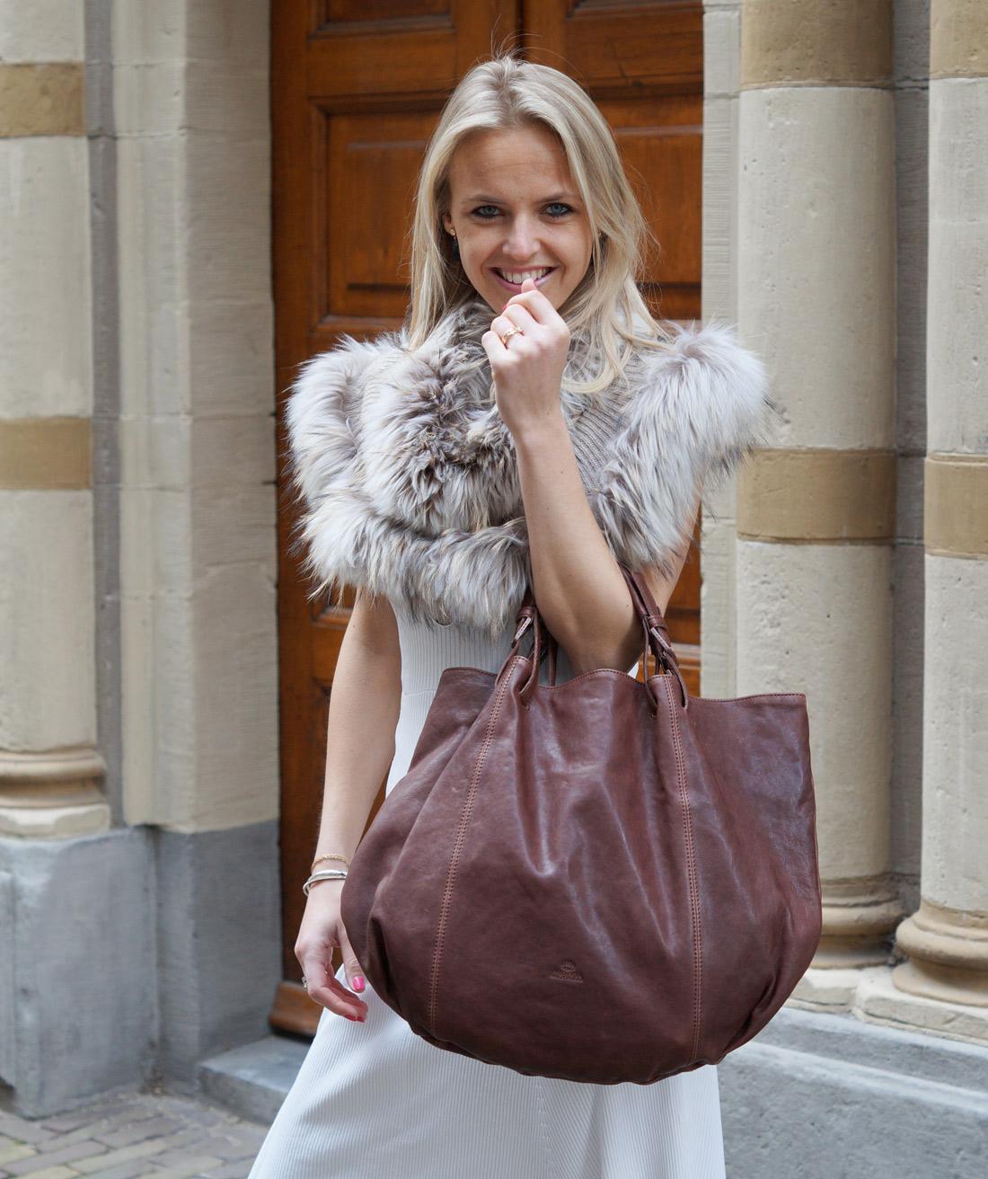 Bag-at-you---Fashion-blog---Fred-de-la-Bretoniere---White-dress